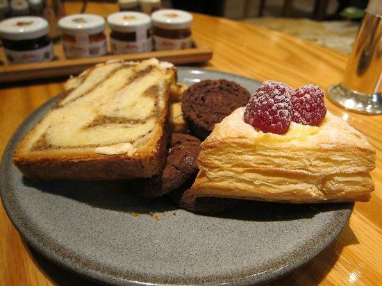 MGM Macau: Buffet Breakfast at Rossio 2