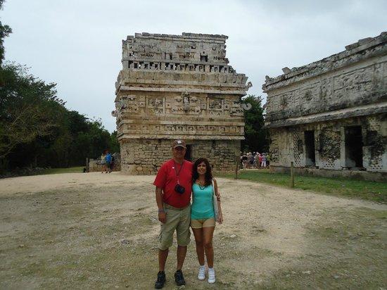 Chichén Itzá: La casa de las monjas