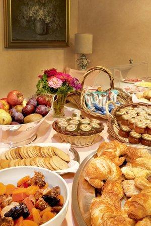 Hotel Diana : Ricca colazione a buffet