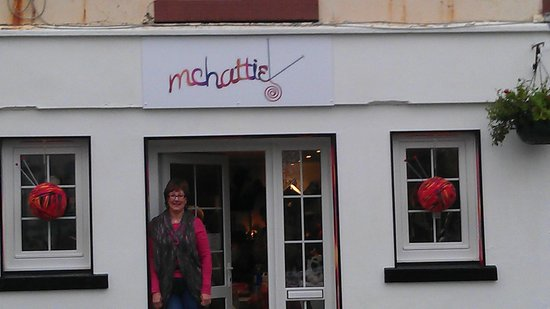 West Kilbride, UK: Vanessa outside McHattie's wee shop