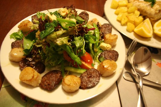 A Splendid Wren Pemberton Retreat: Dinner