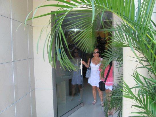 Hotel San Miguel Imperial: Hotel Entrance