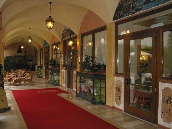 Hotel Belle Arti: entrance