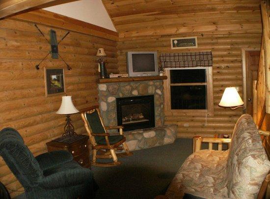 Benjamin's Beaver Creek Resort:                                     Livingroom