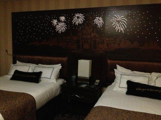 """Disneyland Hotel: """"Magic"""" headboard """