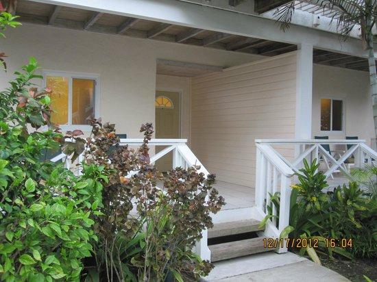 Galley Bay Resort: Front door of the beachfront cottage
