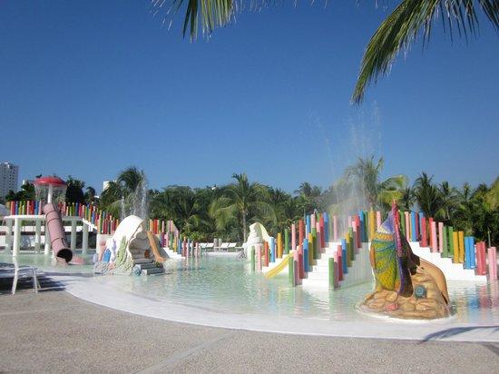Mayan Palace Acapulco: Fun Water Park