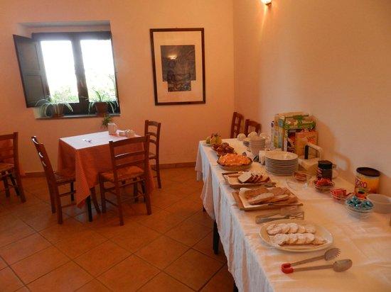 Agriturismo Il Ruscello di Ceraso : La sala  breakfast