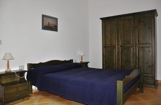 Agriturismo Il Ruscello di Ceraso : Il ruscello ha sei camere matrimoniali rinnovate e dotate di bagno