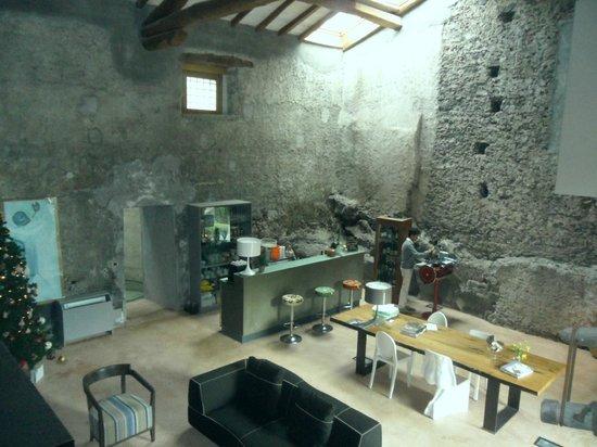 Monaci delle Terre Nere: visuale hall