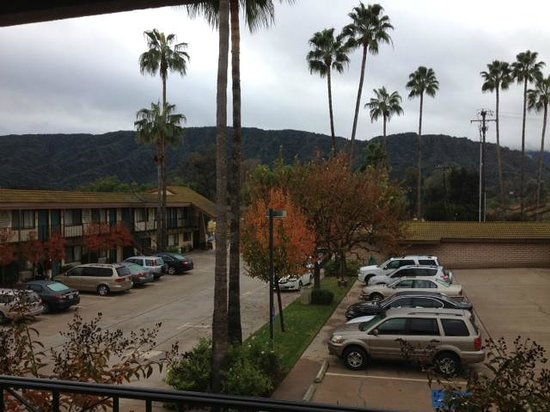 Casa Ojai Inn - View South from room #219