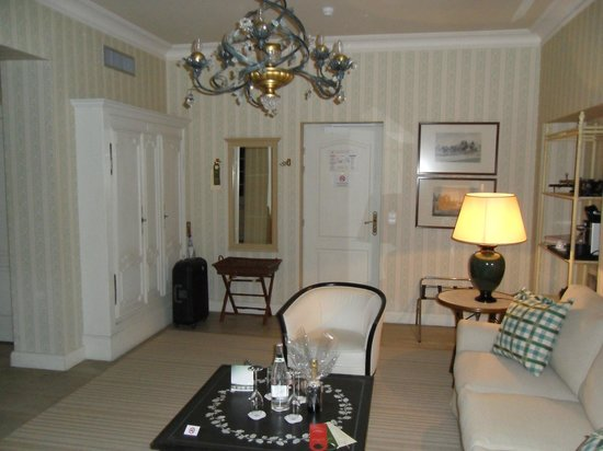 Chateau De Germigney: suite numero 16