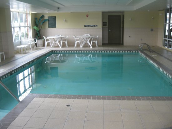 Country Inn & Suites By Carlson, Petersburg: pool