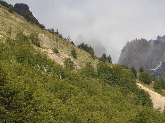 Refugio El Chileno: the path