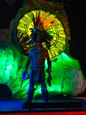 Secrets Maroma Beach Riviera Cancun: Mayan Warrior show, amazing!