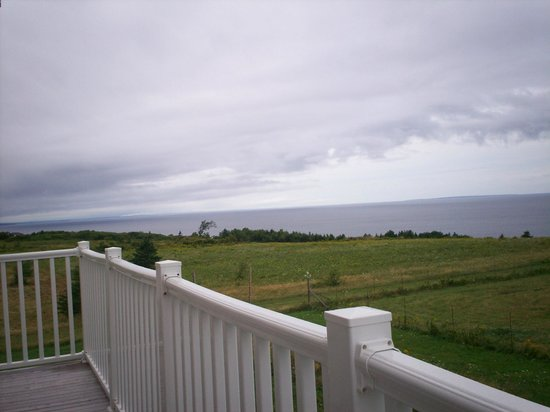 Red Roof Bed and Breakfast : View of Prince Edward Island from our balcony