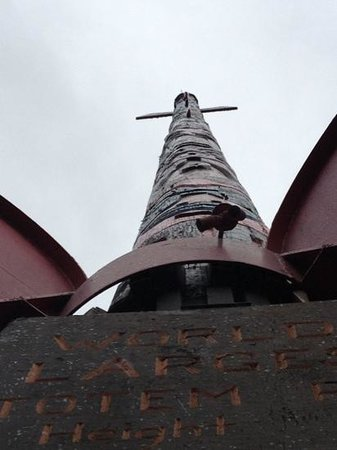 McKinleyville Totem Pole