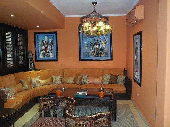Le Riad Hotel de charme: Public lounge