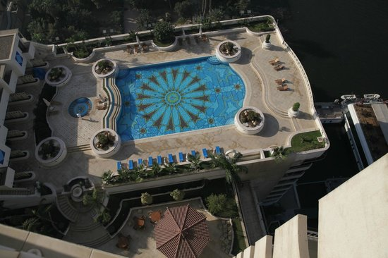 Grand Nile Tower: hotel pool