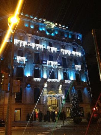 Silken Gran Hotel Havana: Christmas lights at the hotel