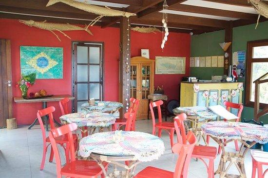 Pedras Secas Inn: Cosy breakfast room