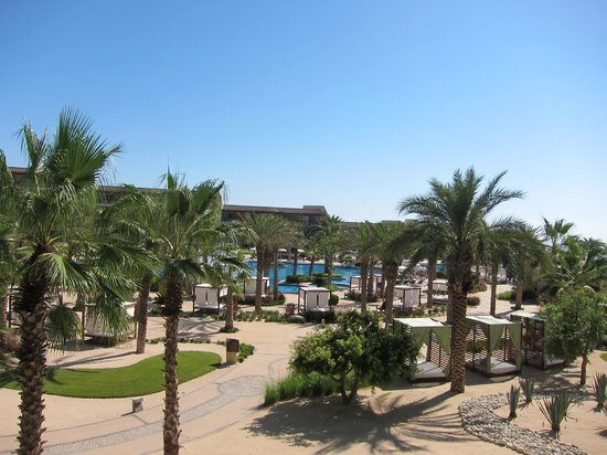 The Grand Mayan Los Cabos: Lay out in the sun