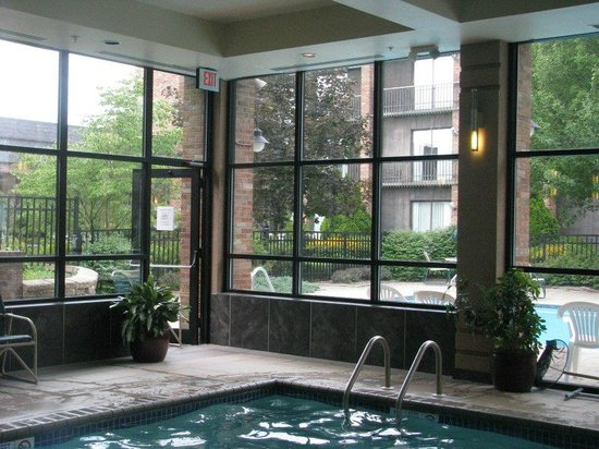 RIT Inn & Conference Center: Indoor pool