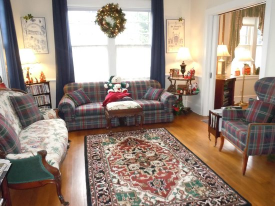 Abbington Green Bed and Breakfast Inn: Sitting area