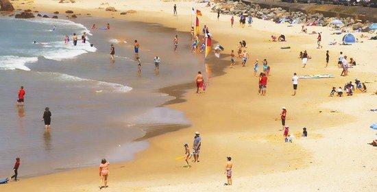 Ocean Breeze Motel: Packed Town Beach