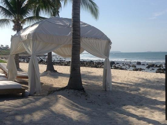 The St. Regis Punta Mita Resort: cabana on beach