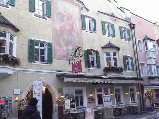 Hotel Restaurant Lilie: Hotel Lilie giorno