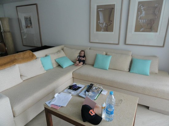 The Annabelle: Our room, lovely but very expensive