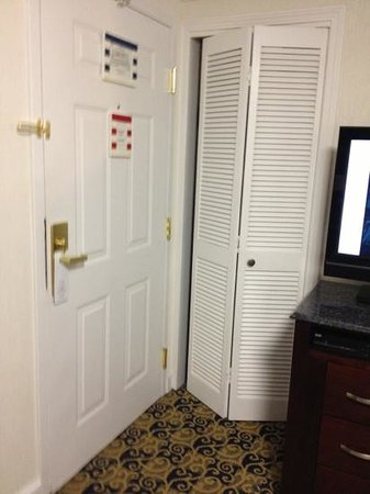 Newport Beach Hotel and Suites: careful getting anything in closet because you'll get whacked by anyone entering the room.