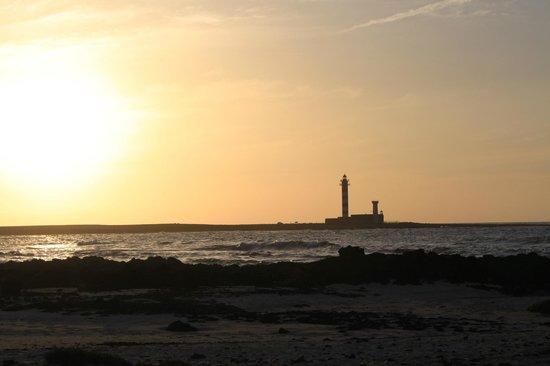 Lagunas y Playa de El Cotillo: Lighthouse sunset