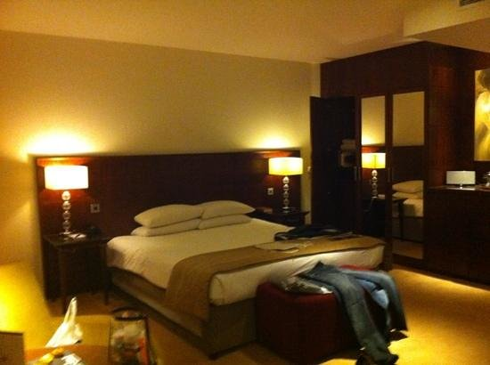 Macdonald Manchester Hotel & Spa: the room