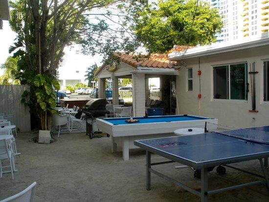 Hostel Cafe Beer Garden Play Area