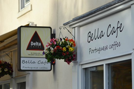 ‪Bella Cafe‬