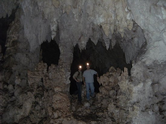 Black Rock Lodge: Caving at Flour Camp Cave