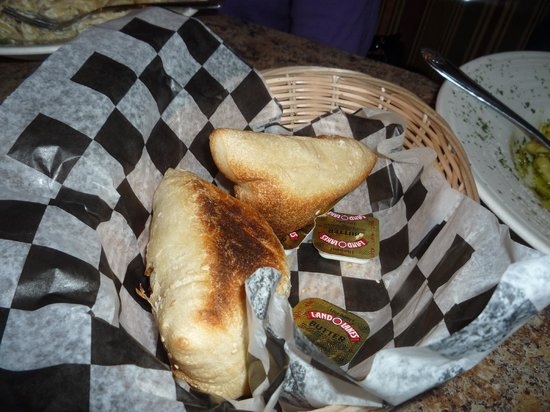 Little Italy: free hot bread