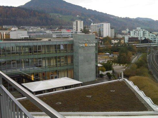 Seedamm Plaza: View2