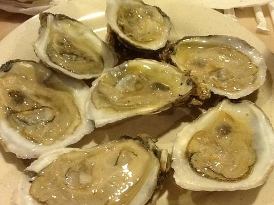 Hibachi Grill & Supreme Buffet: Oysters!