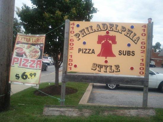 Philadelphia Style Pizza: Pizza