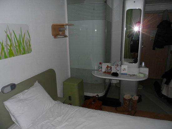 Hotel Ibis Budget Brugge Centrum Station: Shower 