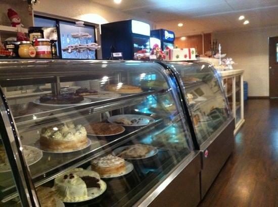 Lecker - Lecker Salon de Te y Pasteleria: tortas y kuchenes
