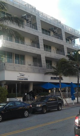 Z Ocean Hotel South Beach: East elevation from Ocean Ave, Front Porch Cafe