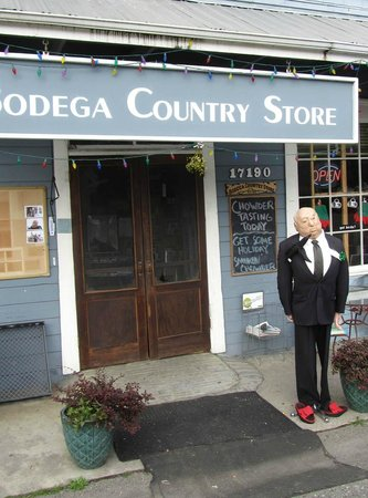 Bodega Country Store: Entrance