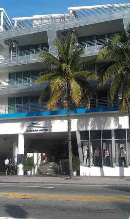 Z Ocean Hotel South Beach: West elevation, main entrance from Collins Ave.