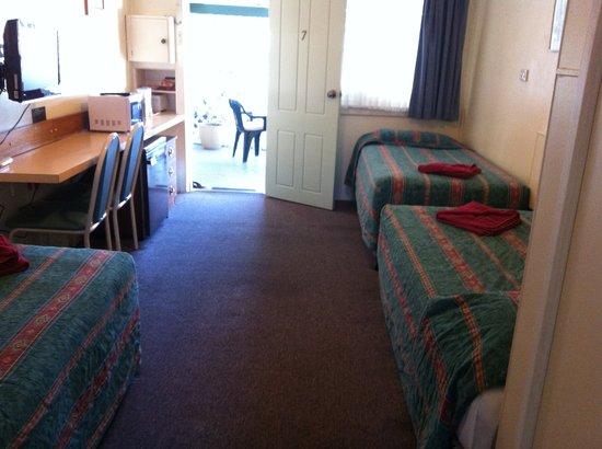 Port Macquarie Motel: Triple Room