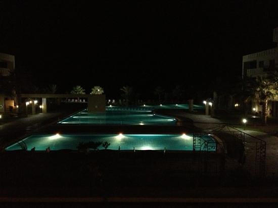 Capital Coast Resort & Spa: Capital Coast Resort and Spa at night from restaurant balcony