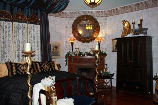 Seven Sisters Inn: Cairo room